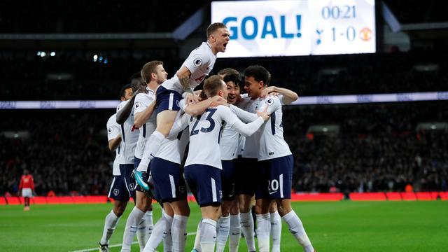 Spurs thuis te sterk voor United, Aké scoort voor winnend Bournemouth
