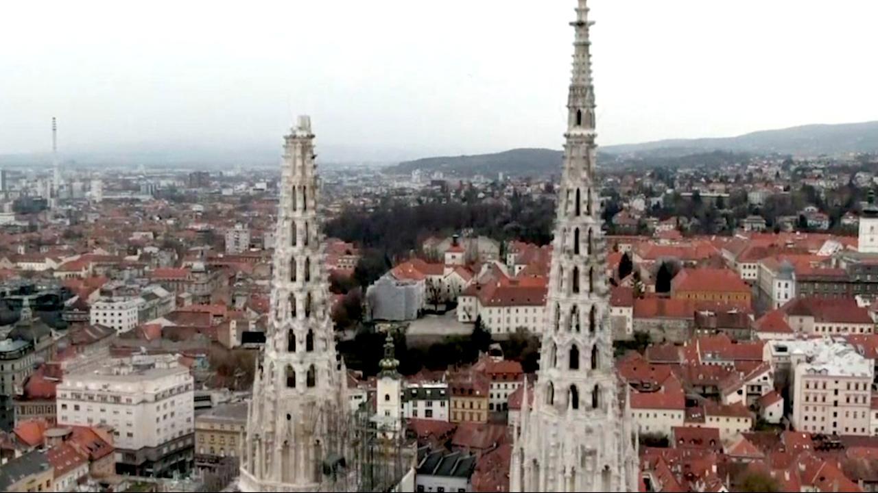 Dronebeelden van schade door aardbeving in Zagreb