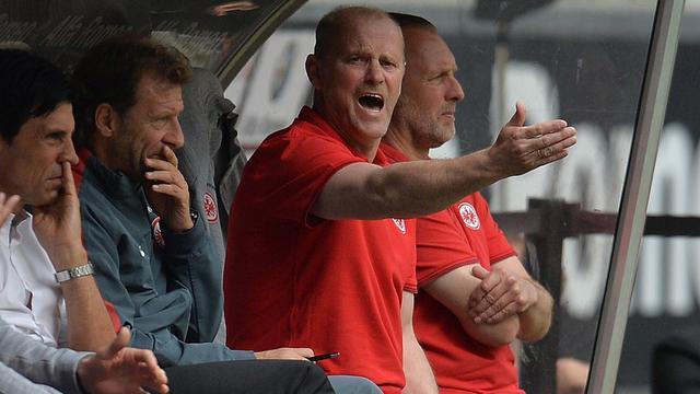 Trainer Schaaf na één seizoen weg bij Eintracht Frankfurt