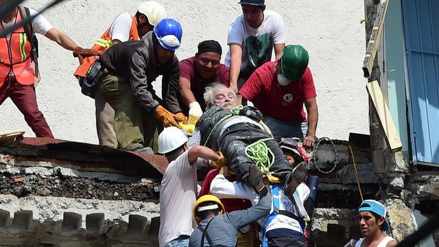 Zeker meer dan 150 doden na zware aardbeving in Mexico