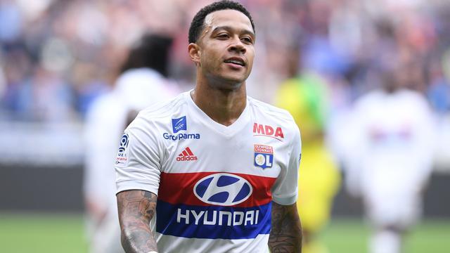 Memphis is te laat terug van vakantie en krijgt boete van Olympique Lyon