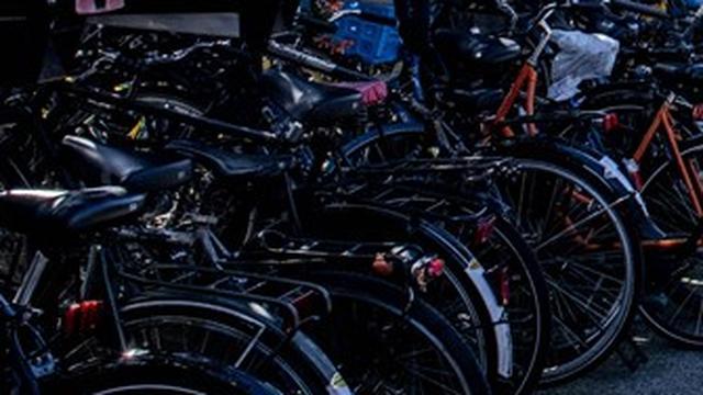 Fietsenstallingen bij Leiden Centraal komende tijd beperkt geopend