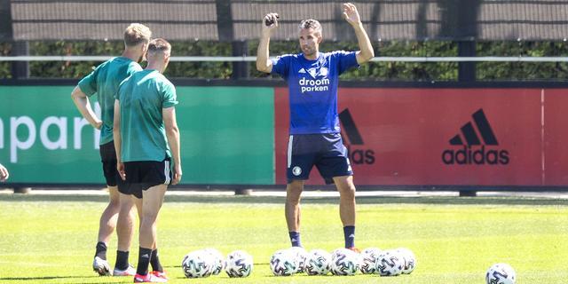 Van Persie wordt jeugdtrainer bij Feyenoord en krijgt rol bij eerste elftal
