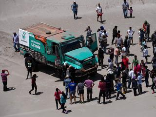Nederlandse trucker boekt vierde etappezege in woestijnrally