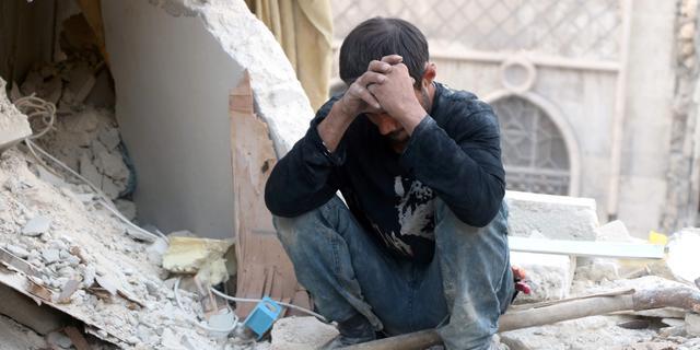 Achttien burgerdoden bij luchtaanval op Syrisch dorp