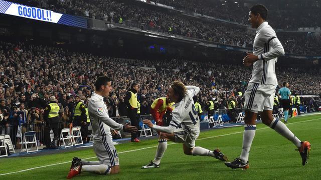 James Rodriguez helpt Real aan ruime zege op Sevilla in Copa del Rey