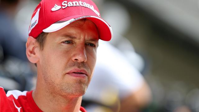 Vettel ziet Ferrari nog steeds de strijd aangaan met Mercedes