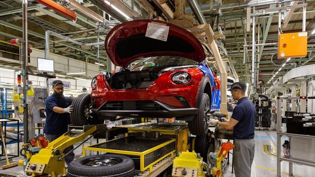 Auto-industrie: 'Zonder handelsakkoord VK en EU loopt sector 110 miljard mis'