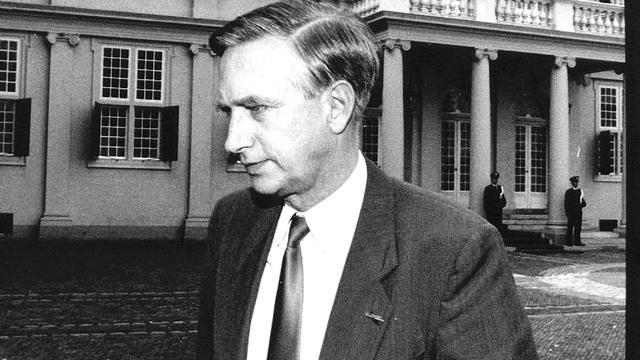 Oud-Tweede Kamervoorzitter Dick Dolman (83) overleden