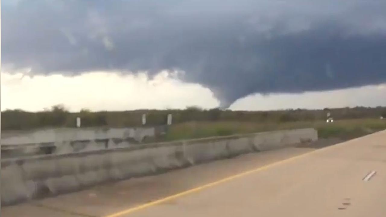 Tornado's razen door Amerikaanse staat Louisiana
