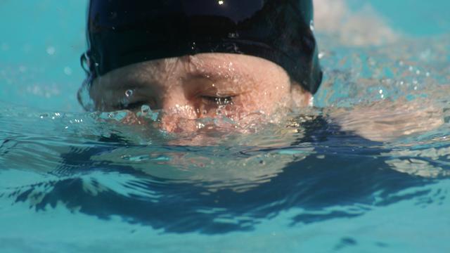 In startblokken voor zwemloop Hieronymus