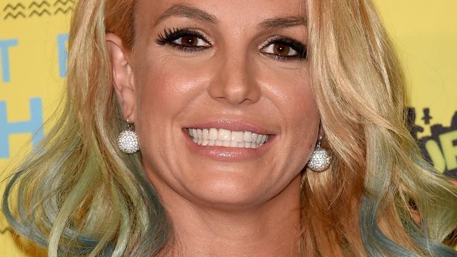 Britney Spears zamelt geld in voor slachtoffers overstroming