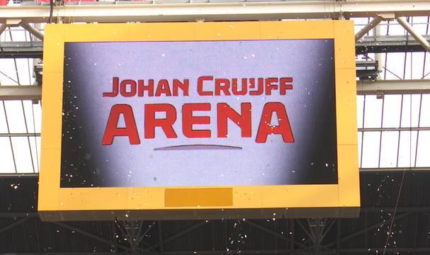Vuurwerk bij onthulling logo Johan Cruijff ArenA