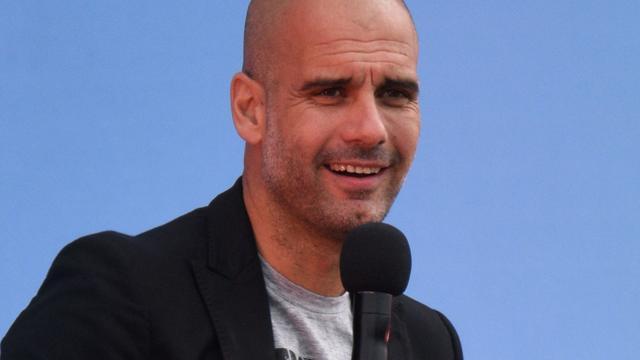 Guardiola wil publiek vermaken en jeugdspelers inpassen bij City