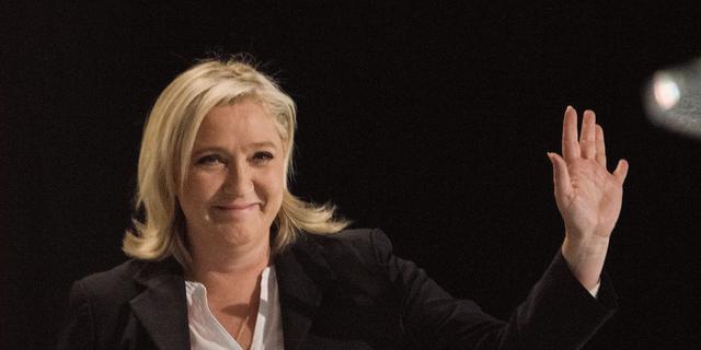 Front National op winst bij voorlopige uitslag verkiezingen Frankrijk