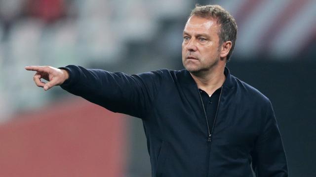 Hans-Dieter Flick is na het winnen van zijn zesde hoofdprijs als hoofdcoach een van de succesvolste trainers in de geschiedenis van Bayern München.