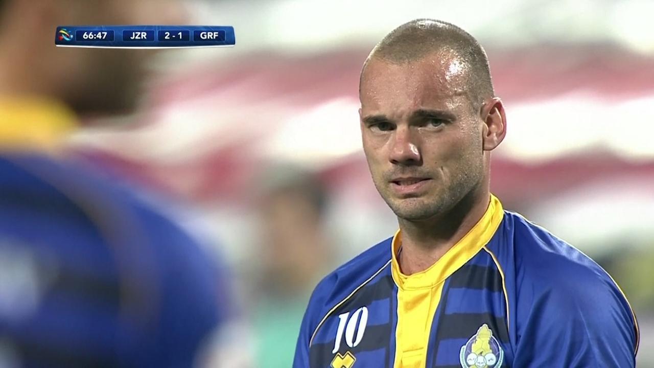 Sneijder scoort tegen ploeg van Ten Cate