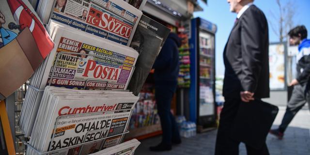 Turkse rechter veroordeelt veertien medewerkers regeringskritische krant