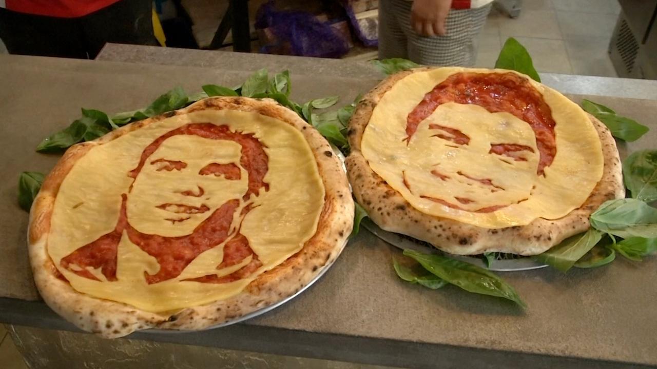 Russisch restaurant serveert pizza met gezicht Ronaldo