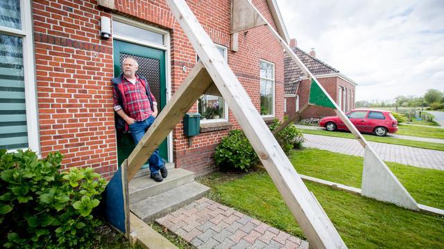 Versterking panden aardbevingsgebied Groningen loopt ernstig achter