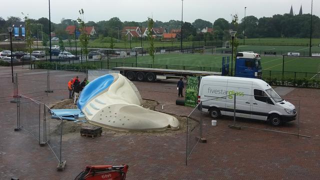 Speelobject Landrug geplaatst bij Sportboulevard Sportblok