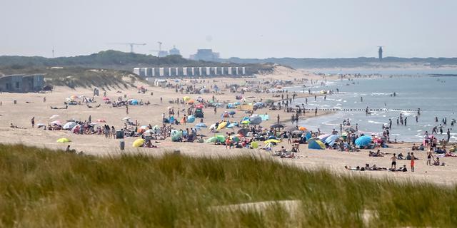 Veiligheidsregio's Drenthe en Zeeland naar een-na-laagste coronarisiconiveau