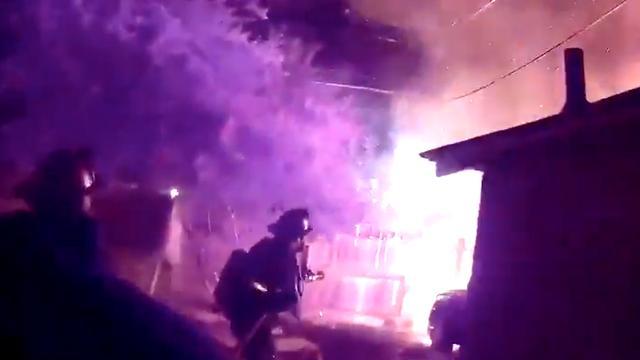 Kapotte elektriciteitskabel vormt gevaar voor brandweer bij brand in VS