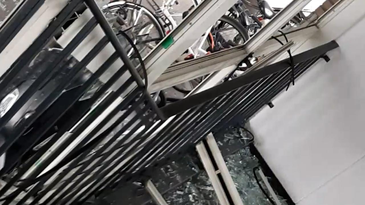 Enorme schade na plofkraak in Amsterdam