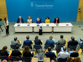 Met: Parlementaire enquêtecommissie start met verhoren Fyra en hoger beroep Jansen Steur