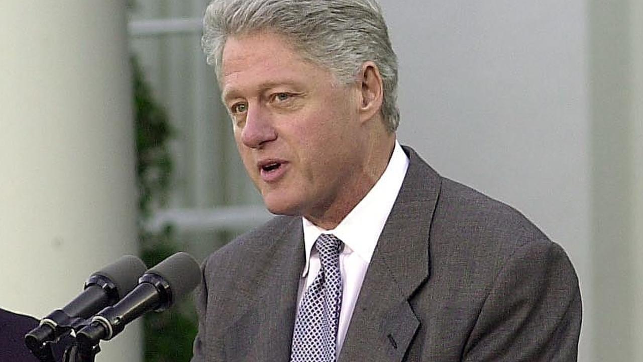 Vandaag in het verleden: Clinton geeft affaire toe en productie eerste CD