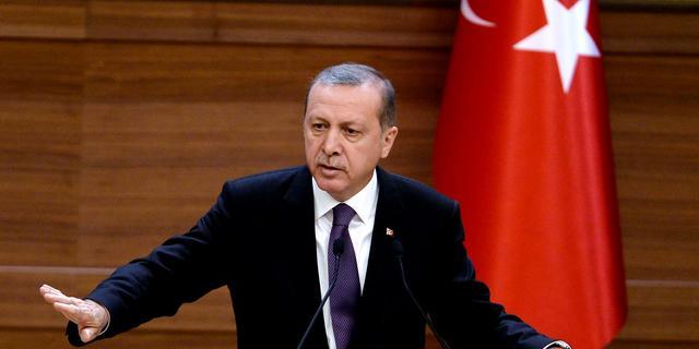 Erdogan waarschuwt Constitutioneel Hof na vrijlating Turkse journalisten