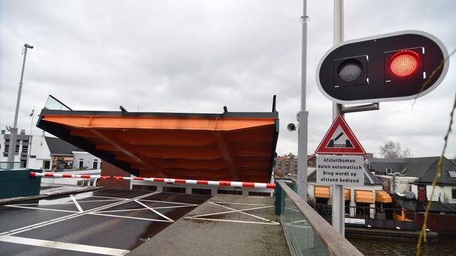 Bruggen worden niet bediend vanwege de storm