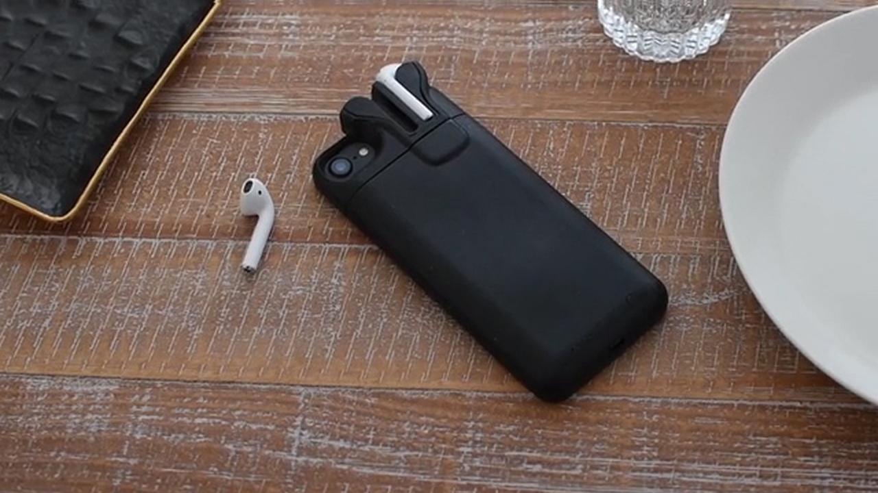 Oprichter Pebble maakt iPhone-hoesje om AirPods mee op te laden