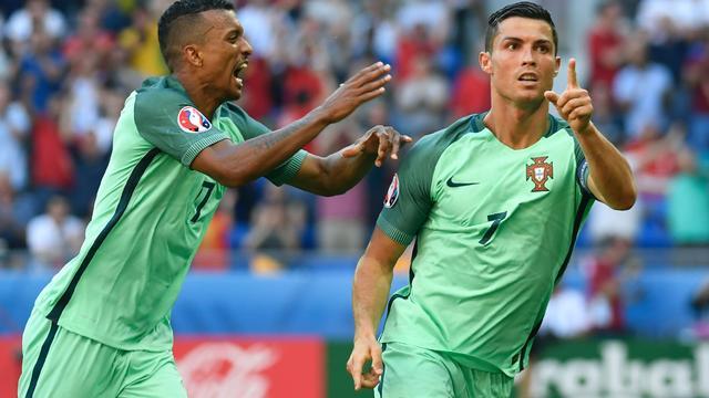 Ronaldo behoedt Portugal voor uitschakeling in spektakelstuk