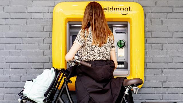 'Een op vijf Nederlanders overwoog afgelopen 12 maanden overstap bank'