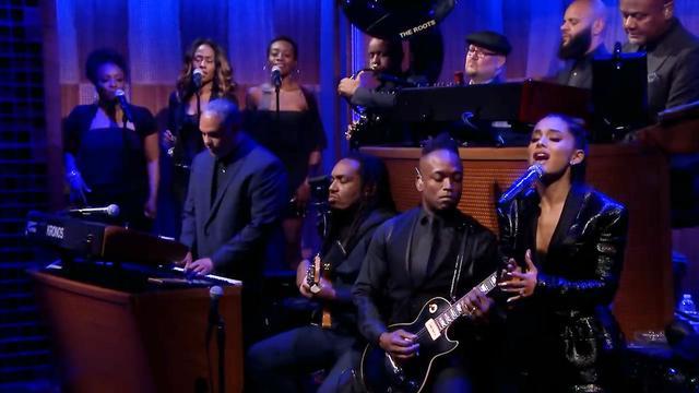 Ariana Grande brengt met The Roots eerbetoon aan Aretha Franklin