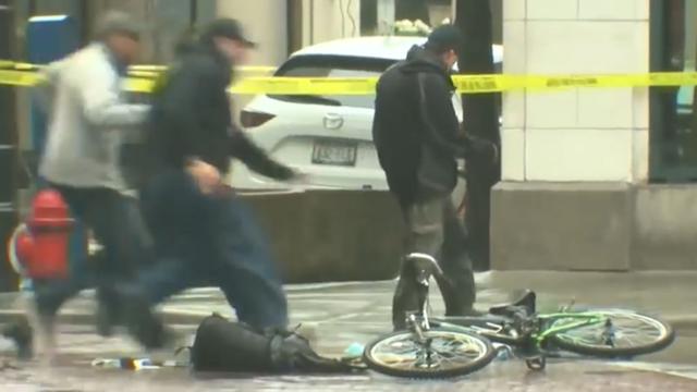 Politie tackelt man die verdacht pakketje uitpakt in Milwaukee