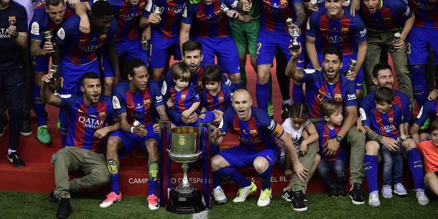 Cillessen wint bekerfinale met Barcelona, Dortmund pakt DFB Pokal