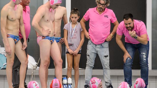 Interview: 'Het is mooi dat zwemvereniging AZC weer meedraait in de top'