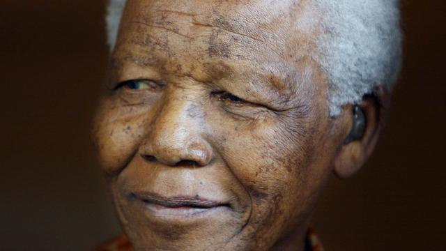 Zuid-Afrika herdenkt massaal overlijden Nelson Mandela