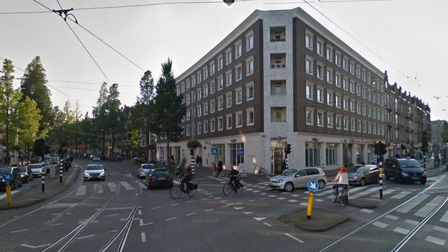 Aanrijding tussen auto en scooter op de De Clerqstraat