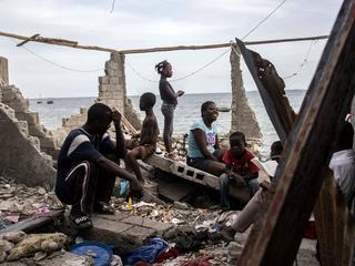Instorten van ziekenhuizen bemoeilijkt bestrijden ziektes op eiland