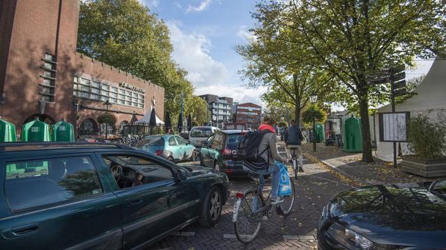 Binnenkort meer ruimte voor fietsers en bomen bij Ledig Erf
