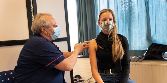OMT-leden zien niets in aparte maatregelen voor niet-gevaccineerden