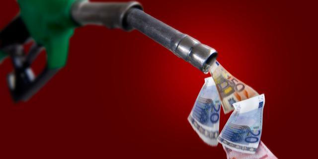 Liter benzine kost nu al ruim 2,05 euro, diesel meer dan 1,70 euro