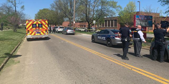 Meerdere slachtoffers na schietpartij op school in Amerikaanse stad Knoxville