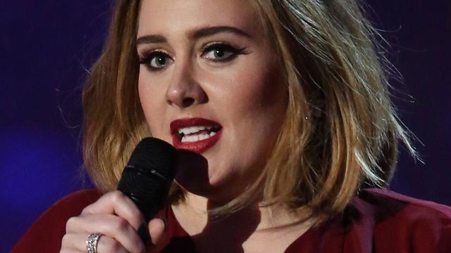 Zangeres Adele weet niet of ze nog wil touren