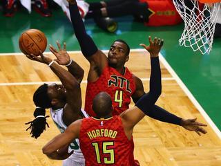 Ploeg schakelt Boston Celtics voor het eerst sinds 1958 uit
