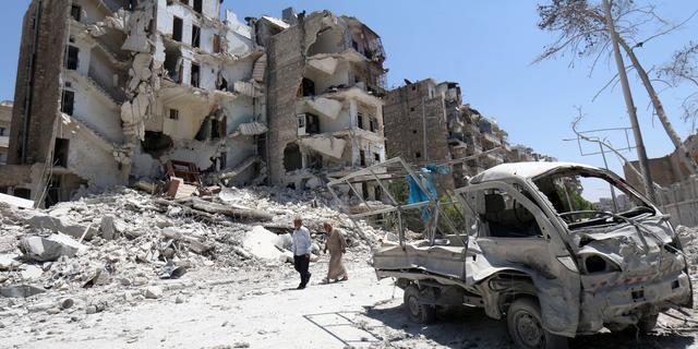 Meer dan vijfhonderd doden door aanval Syrische leger op Aleppo