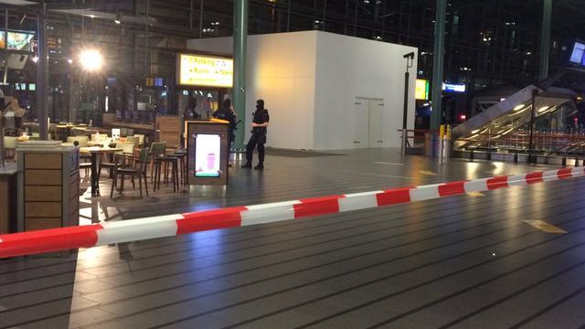 Arrestant 'verdachte situatie' Schiphol zei dat hij terrorist was